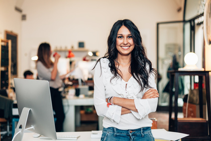 Facebook messenger marketing - happy business owner